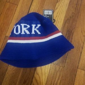 New york knit bucket hat